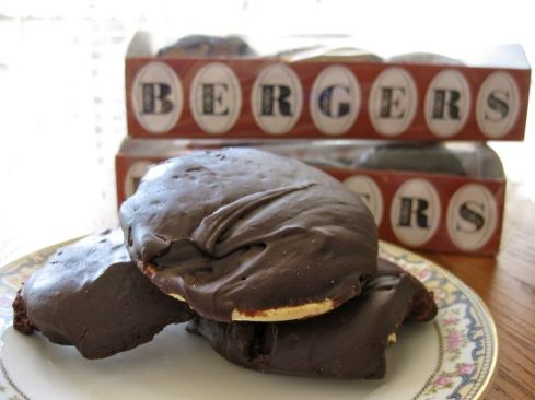 source: http://www.goodtastevice.com/2012/10/berger-cookies.html